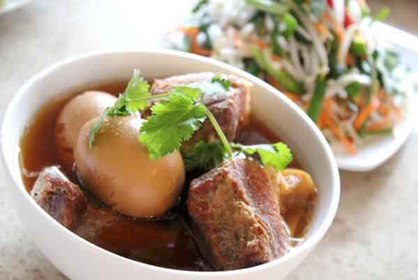 Hướng dẫn làm món thịt kho tàu - mon ngon de lam