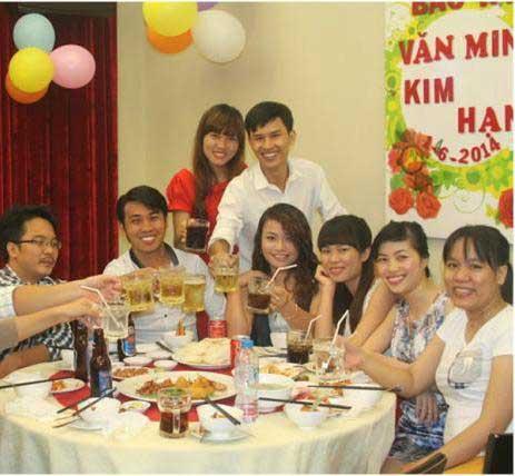 nhà hàng đặt tiệc, tổ chức lễ đính hôn, đám hỏi, chạm ngõ TPHCM