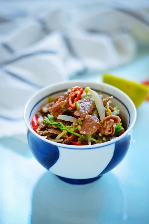 Salad bo kieu thai