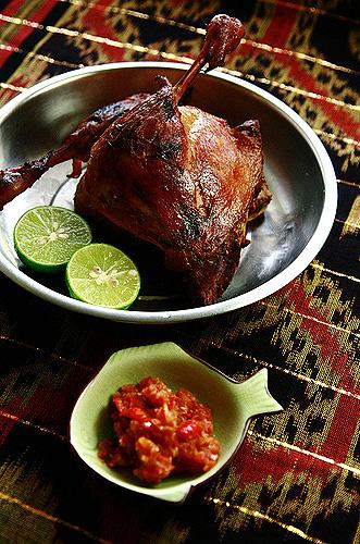 Thịt vịt nướng kiểu Indonesia