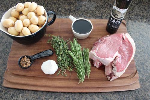 Thịt nướng xiên khoai tây hấp dẫn