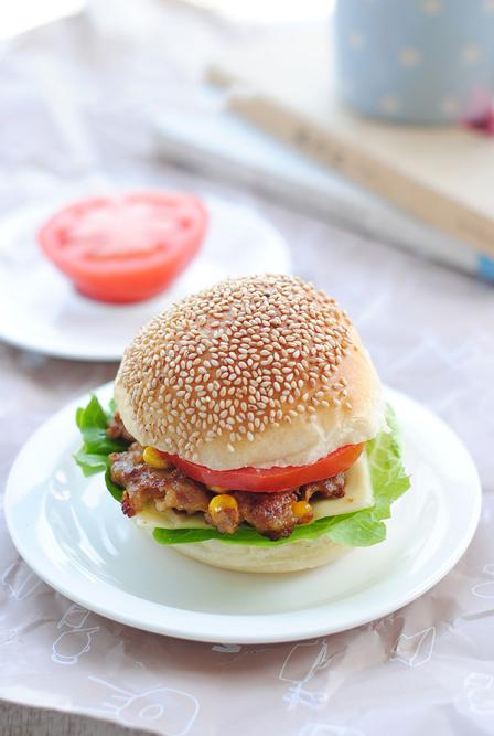 Hamburger tràn đầy năng lượng