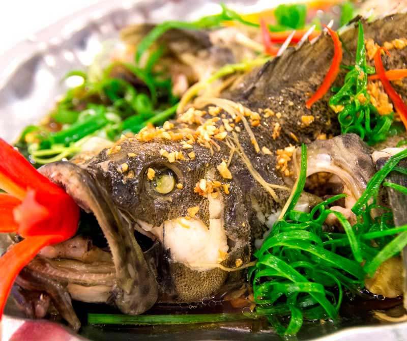 Cá mú hấp Hồng Kông đánh thức vị giác