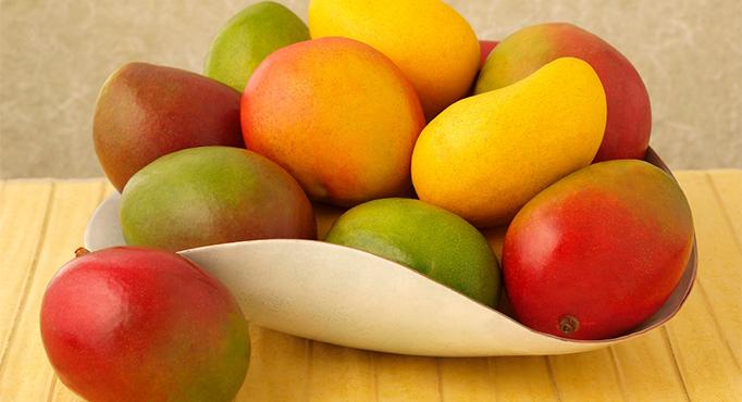 Xoài ( cung cấp vitamin C và A)