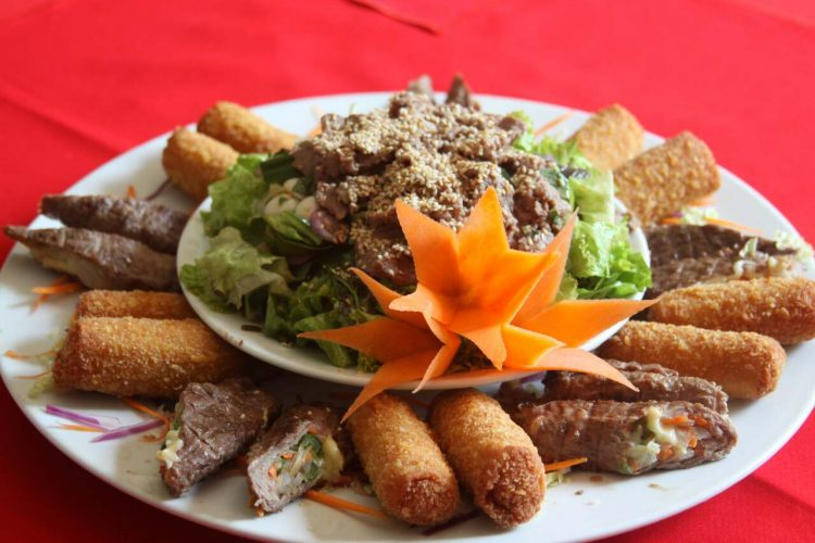 Tại sao Nhà hàng Quá Ngon lại nổi tiếng3