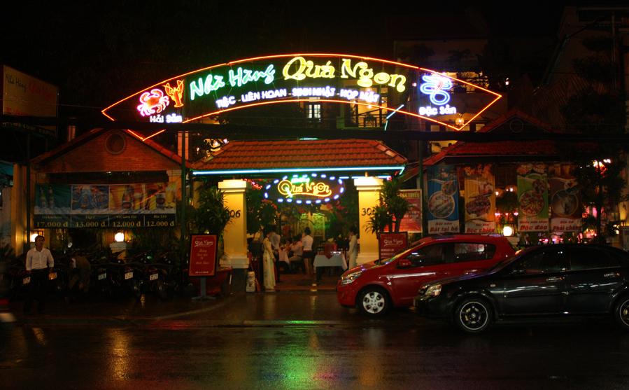 Nhà hàng ẩm thực Việt tại Sài Gòn