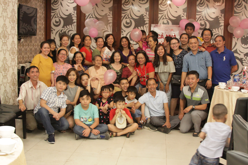 Ảnh tiệc sinh nhật của Dì Ba! Nhà hàng Quá Ngon