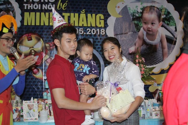 nha hang to chuc tiec chat luong (8)