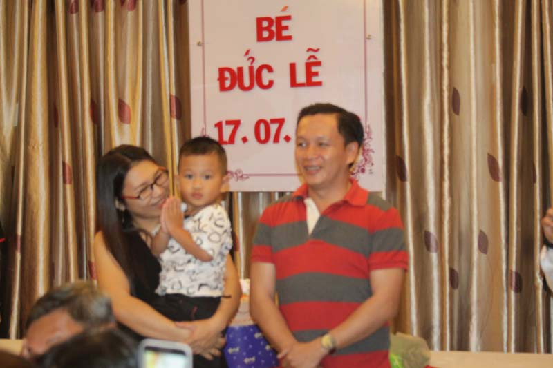 nha hang to chuc tiec thoi noi chat luong (3)